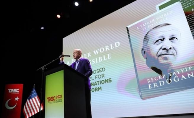 """Erdoğan'ın kaleme aldığı """"Daha Adil Bir Dünya Mümkün"""" kitabının ABD lansmanı New York'ta yapıldı"""