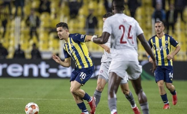 Fenerbahçe, UEFA Avrupa Ligi'nde farklı kaybetti