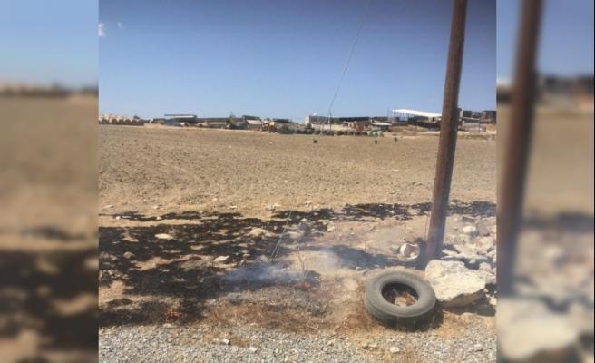 Kopan elektrik telleri yangına neden oldu