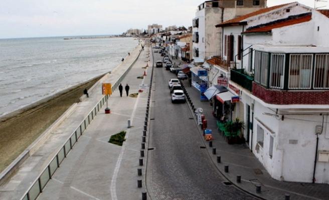"""Larnaka'daki Kıbrıs Türk taşınmazlarının """"DİSİ'lilere dağıtıldığı"""" iddia edildi"""
