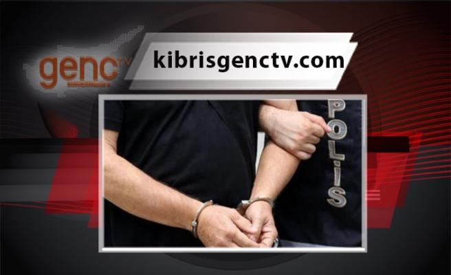 Sahte 50 dolarlardan oluşan 1500 Doları tedavüle süren şahıs tutuklandı