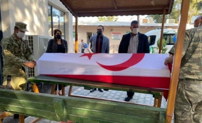 Şehit Şevket Mustafa Gürsoy'un naaşı  şehit edilişinin 57'inci yılında ailesinin talebi üzerine KKTC'ye getiriliyor
