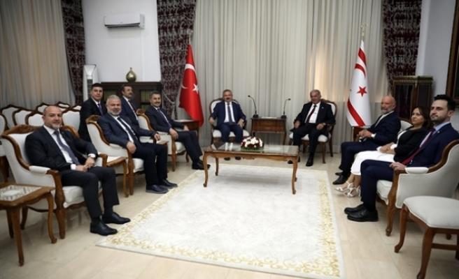 Sennaroğlu, AK Parti Tokat Milletvekilini kabul etti