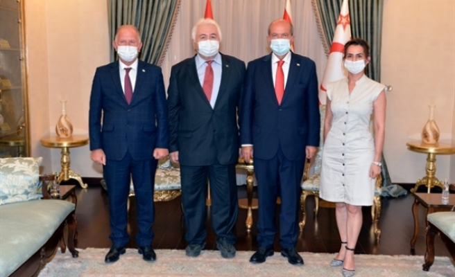 Tatar, Kazakistan eski Milletvekilini kabul etti