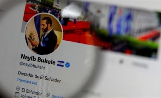 """Twitter'da kendini """"diktatör"""" olarak tanımladı"""
