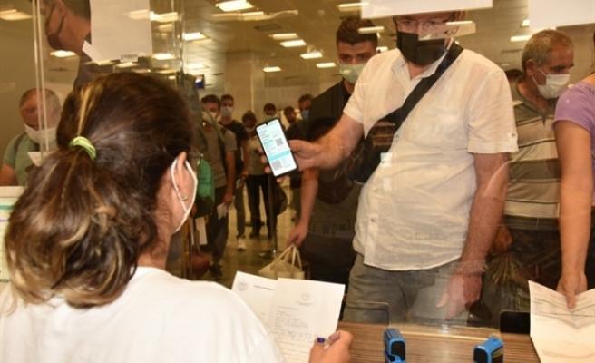 Ülkeye girişlerde 72 saat öncesi PCR VE QR kodu uygulaması devam edecek
