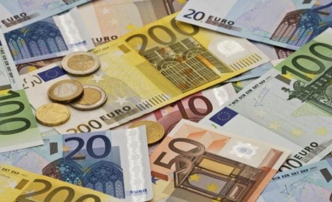 Güneyde devletten emekli olanların maaşları için 576 milyon euro ödenecek