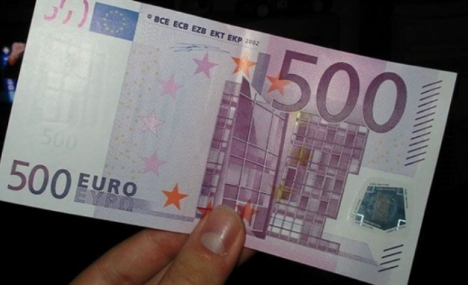 Sahte 500 Euro piyasaya süren 3 kişi tutuklandı