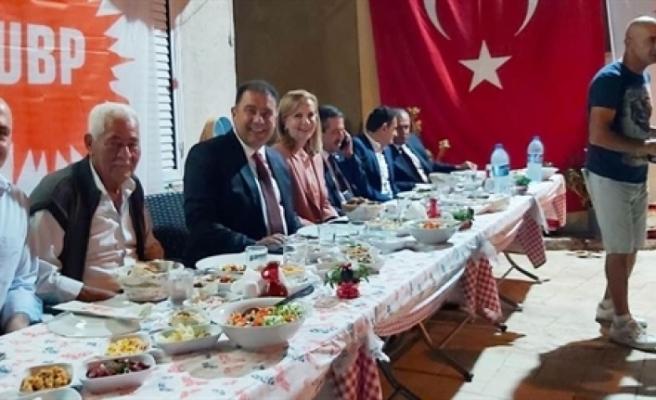 Saner, Tuzla'da partililer ile bir araya geldi