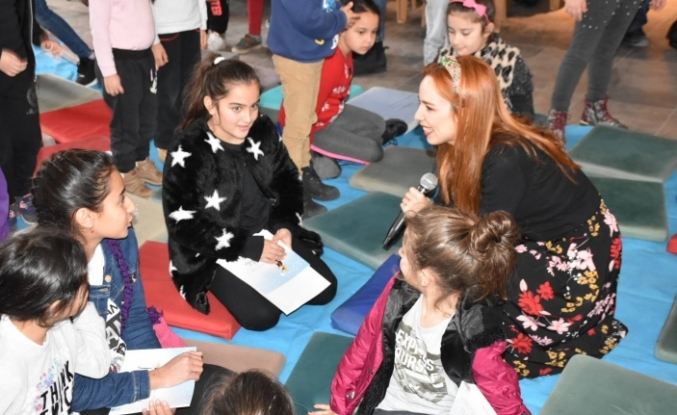 Girne Belediyesi Sanat Galerisi'nde Masal Atölyesi düzenlendi