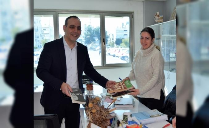 Sokak kütüphaneleri projesine yönelik kitap bağışı kampanyası başladı