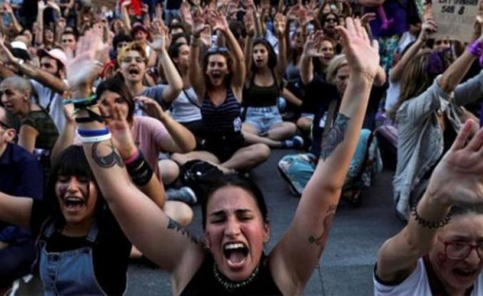 Avrupa Birliği ülkesi Belçika, cinsel ilişkiye rıza yaşının 14'e indirilmesine karar verdi