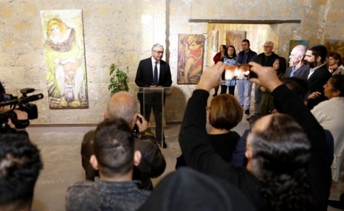 Feryal Sükan'ın, 14. Kişisel Resim Sergisi, Akıncı tarafından açıldı