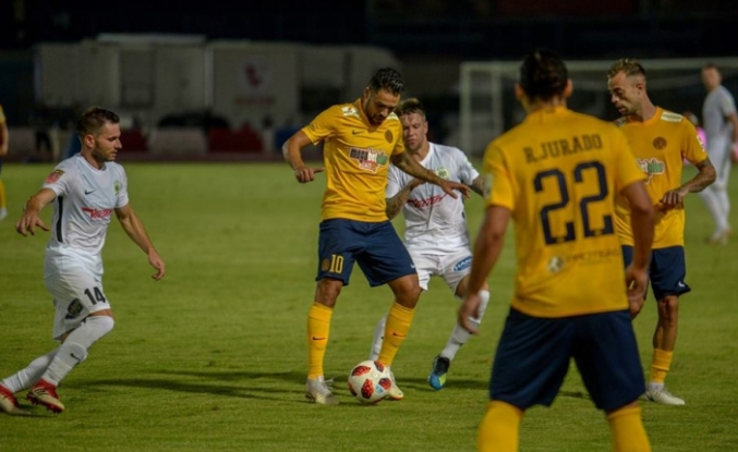Güneyde şike tartışmları kızıştı...UEFA sıkıştı