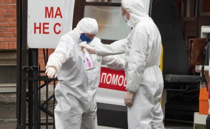 Rusya'da COVID-19 vaka sayısı 850 bini geçti