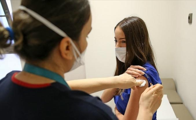 Türkiye'de aşı miktarı 20 milyonu aştı