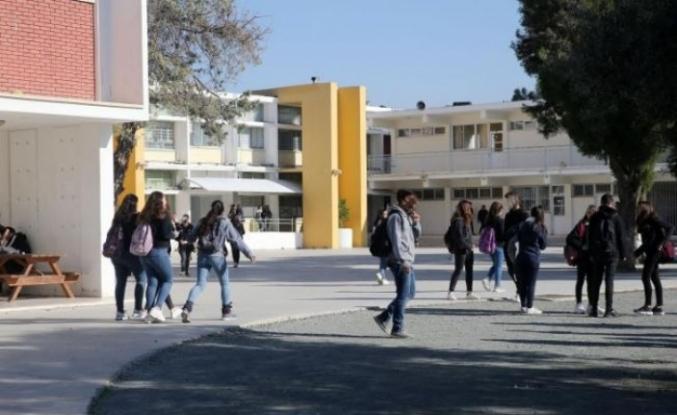 Güney Kıbrıs'taki ilkokullarda hızlı test