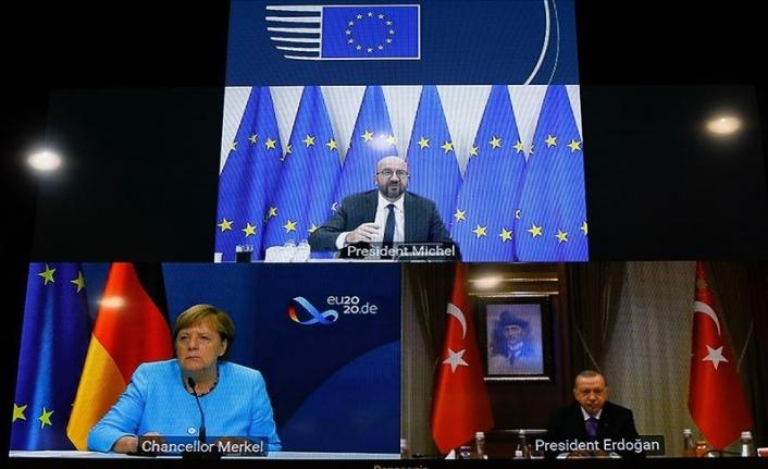 Türkiye ve Yunanistan'ın istikşafi görüşmelere başlamaya hazır