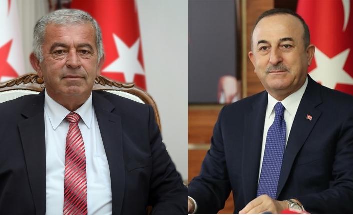 Çavuşoğlu'ndan Sennaroğlu'na kutlama