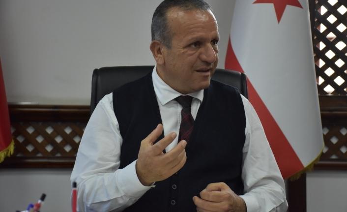 Ataoğlu, kapalı turizm ile adaya gelen yolcularla ilgili olarak açıklamalarda bulundu