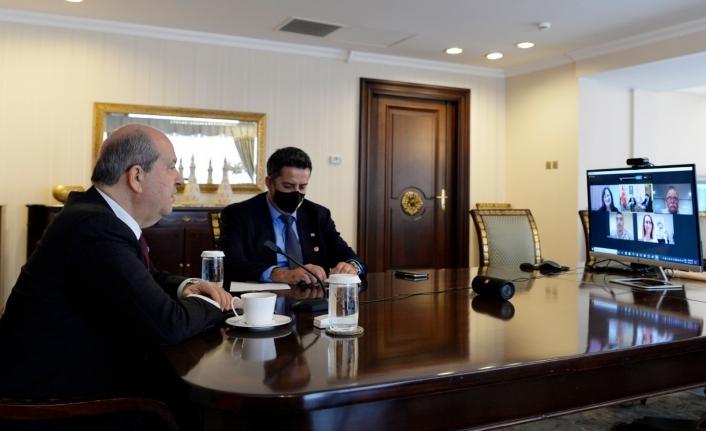 Avustralya'da yaşayan Kıbrıslı Türk sivil toplum örgütlerinin temsilcileriyle görüştü